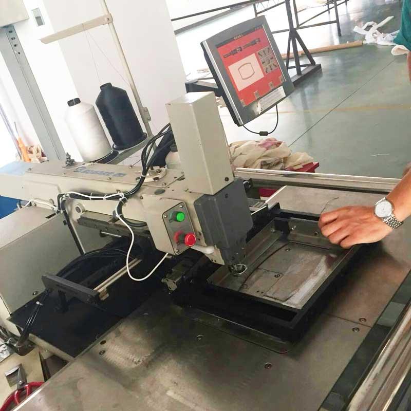 Automatic mattress label sewing machine.jpg
