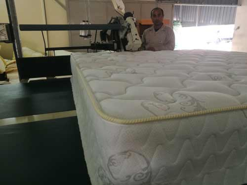 Oman-customer-use-the-machine-to-make-very-good-mattress.jpg